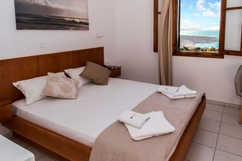 galini-hotel-milos-superior-triple-room-accommodation-greece3